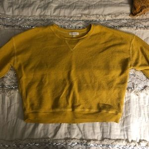 Yellow cropped sweatshirt